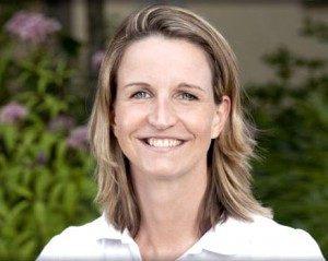 julia-runzheimer-arlinghaus-team-proreha-physiotherapie-frankfurt-438x350-300x239-300x239