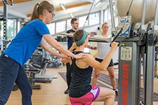 kgg-Krankengymnastik-am-geraet-Proreha-Physiotherapie-Frankfurt-2020-12-225x150